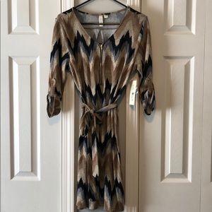 Tacera NWT dress size Medium